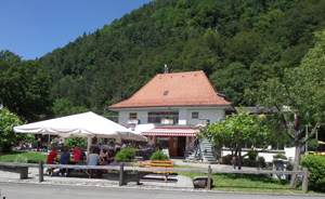 Manor Farm Restaurant Landhaus and Take away